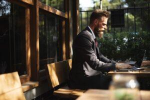 otwieranie swojego biznesu należy zacząć od wyboru odpowiedniego lokalu